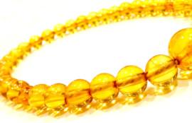 琥珀の数珠