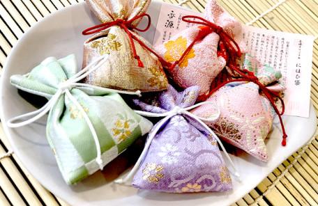 香源オリジナル「甘茶の匂い袋」