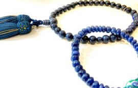 9月の誕生石であるサファイアを使った数珠とブレスレット